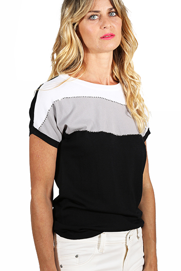 TIENDAS BELGRANO - Remera Waves Black